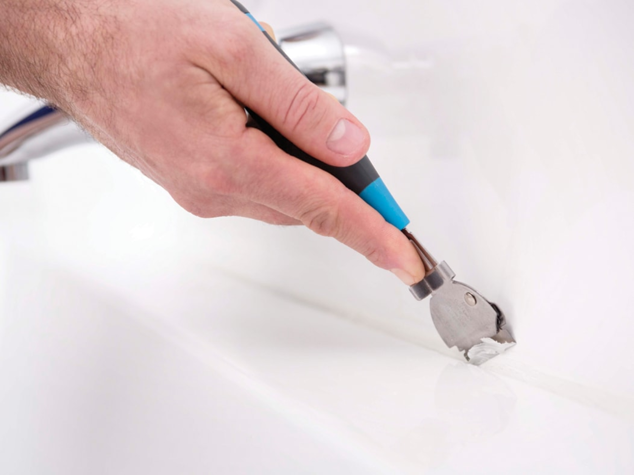 Kit Verwijderen Badkamer : Het onderhouden van kit voegen in de badkamer tuijp keuken